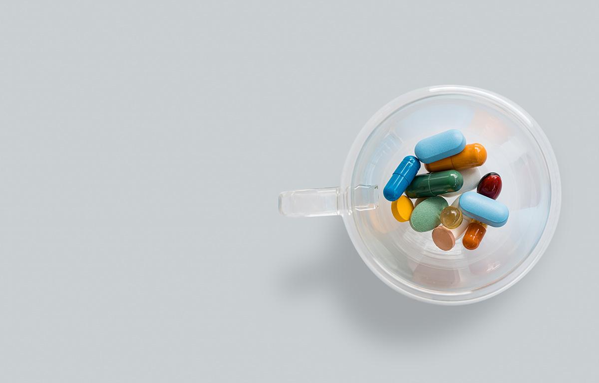 La terapia ormonale diventa gratuita per le persone transgender: come accedere ai farmaci